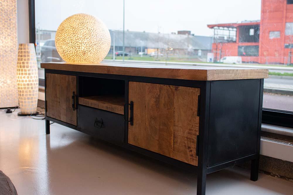 1. Tv-meubel