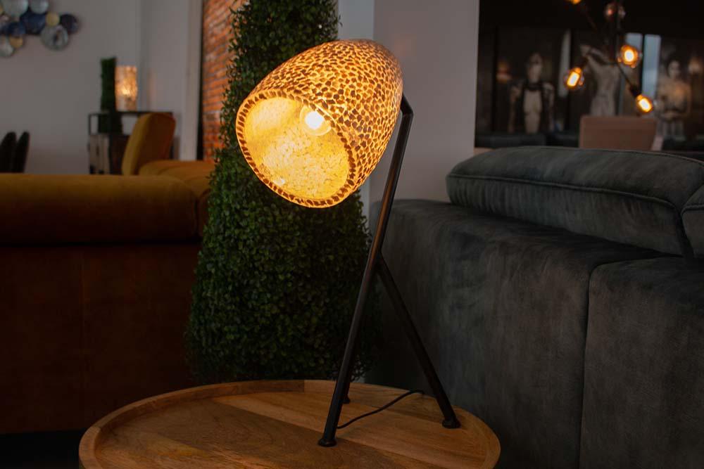 51. Tafellamp, 1125-74