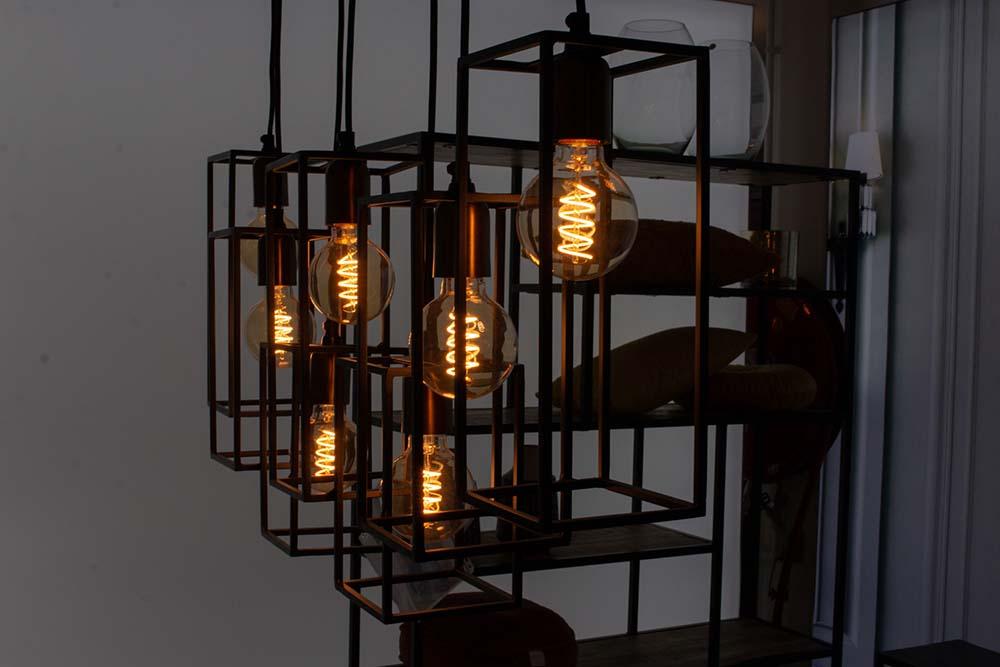 64. Hanglamp