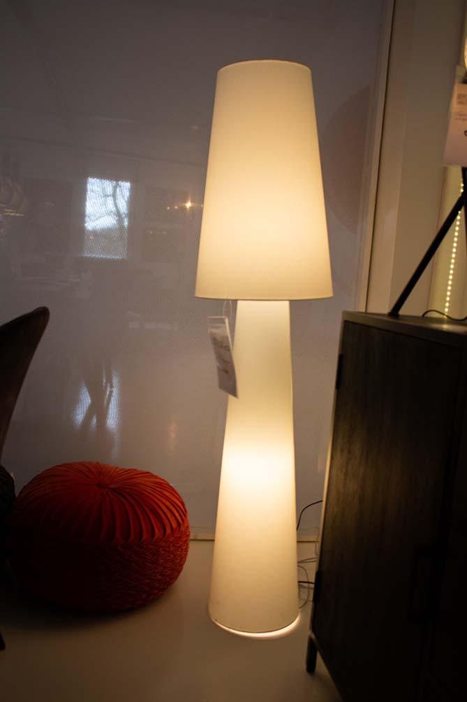 73. Staande lamp, 1095-74