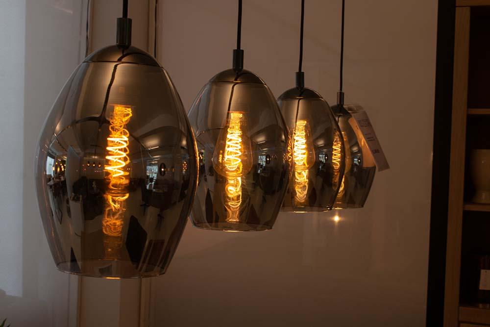 127. Hanglamp, 1095-90