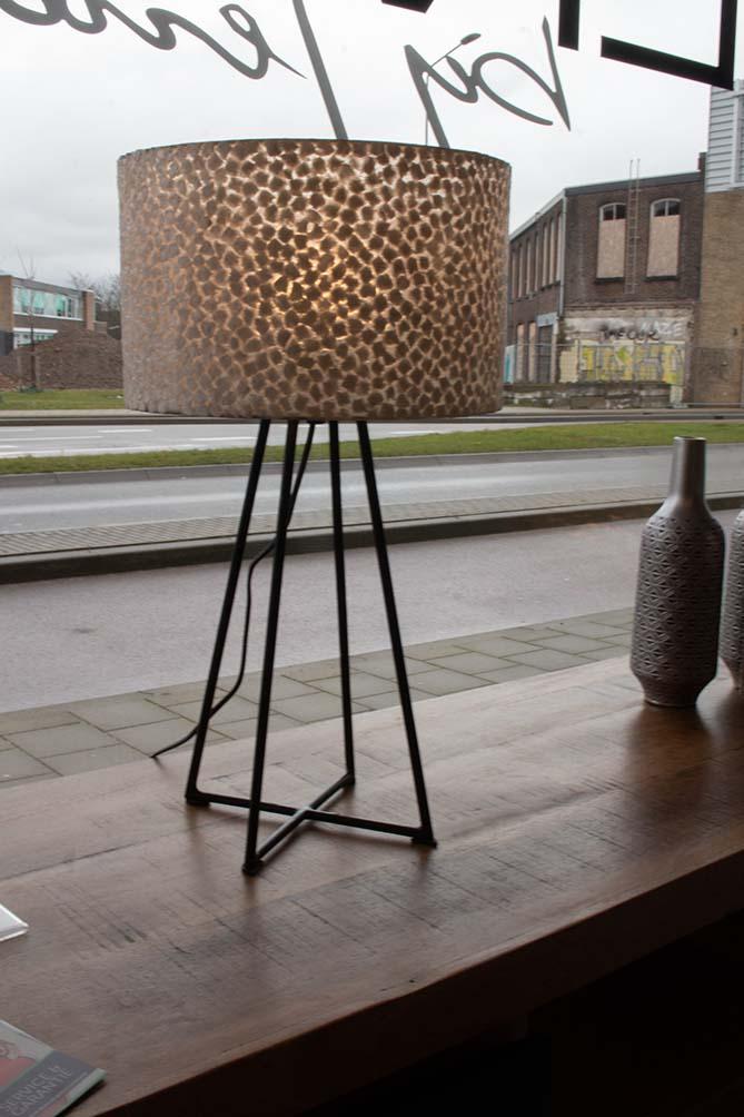 144. Tafellamp, 1125-04