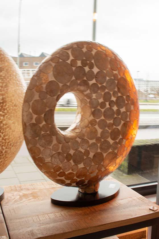 141. Lamp donut