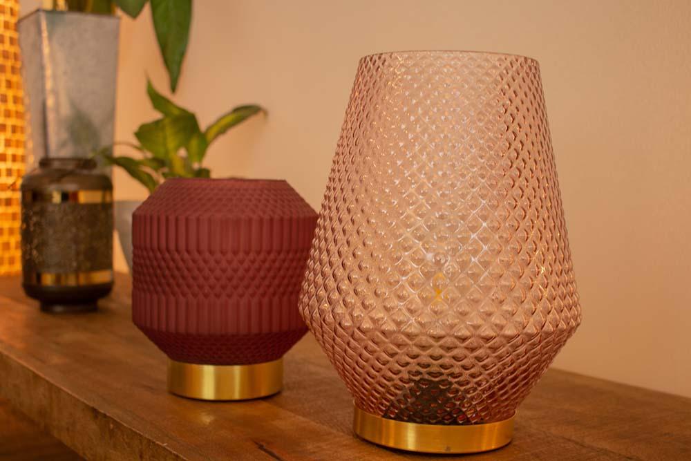 28. Tafellamp