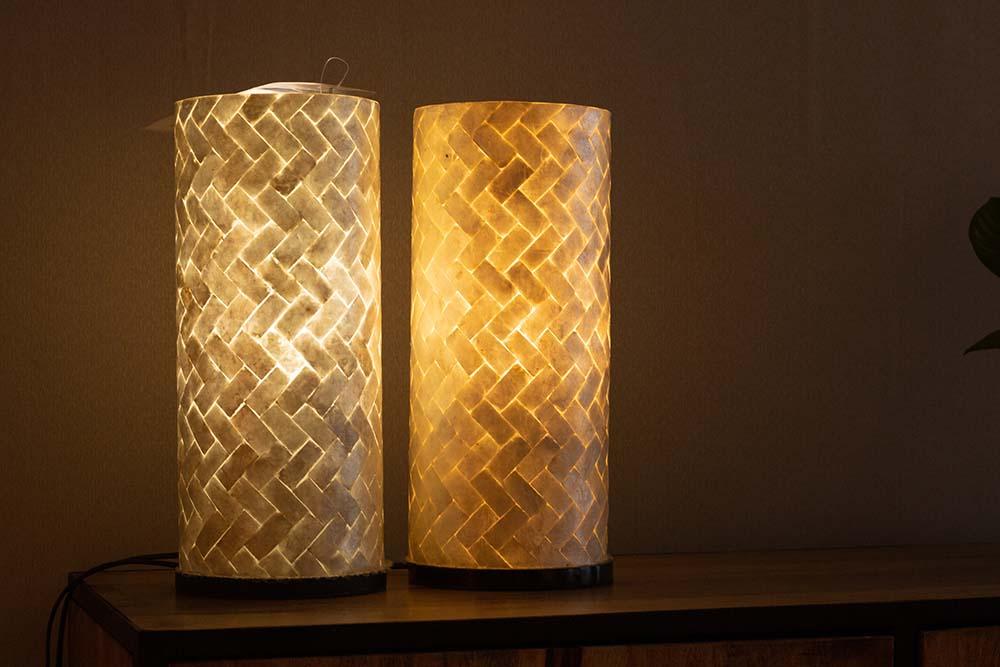 154. Tafellampjes, set van 2 visgraat, 1125-38